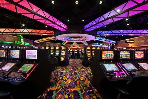 В каком интернет казино можно играть бесплатно и без регистрации